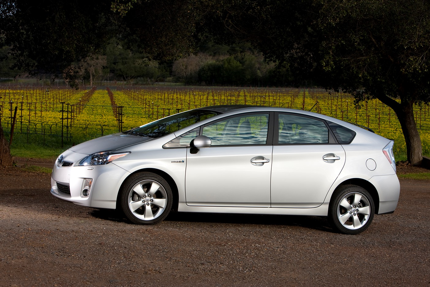 carfax finds used toyota and lexus hybrids carfax. Black Bedroom Furniture Sets. Home Design Ideas