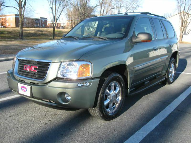 Gmc envoy reviews carfax if you are looking for a large suv but do not want a vehicle as large or as expensive as a yukon the gmc envoy is a good option sciox Image collections