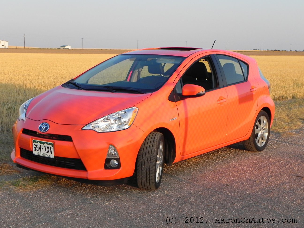 2012Priusc-leftfront-field