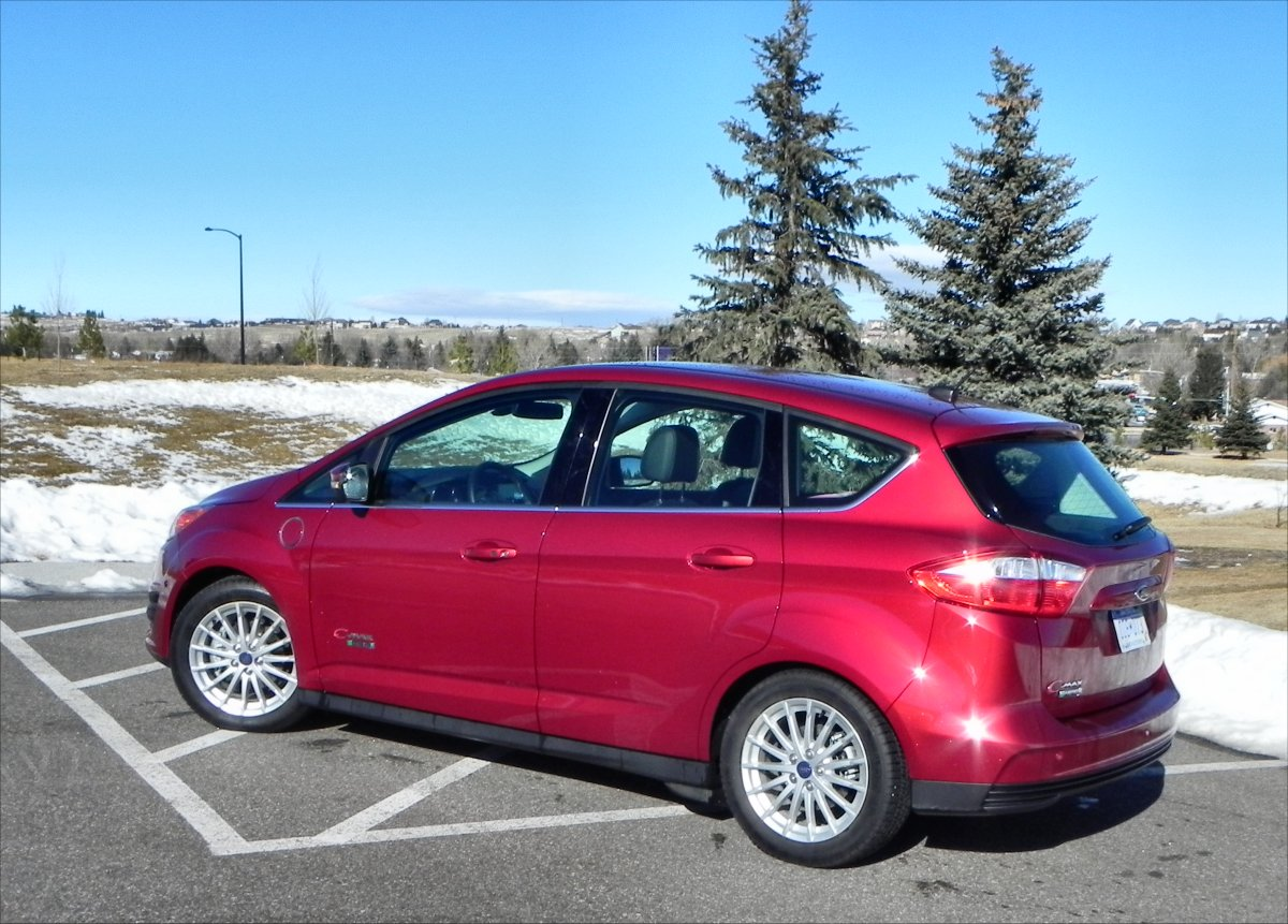 2014 Ford C-MAX Energi - park 5 - AOA1200px