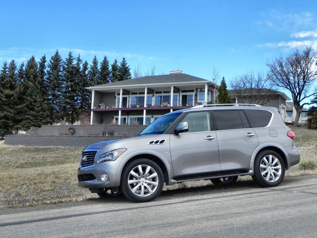 Suv With Third Row >> The Best Used Luxury Suvs From 2014 Carfax