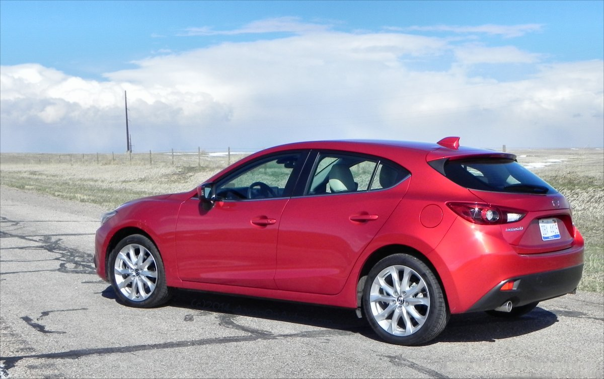 2014 Mazda3 - sky3 - AOA1200px