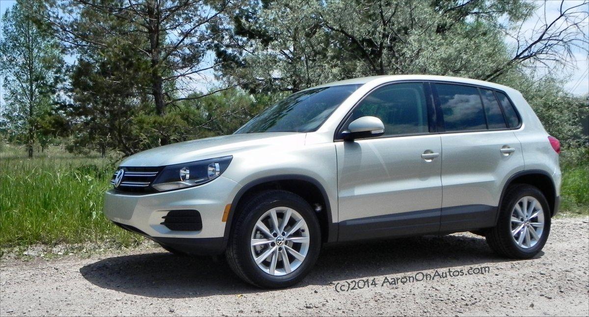 2014 Volkswagen Tiguan - weeds 2 - AOA1200px