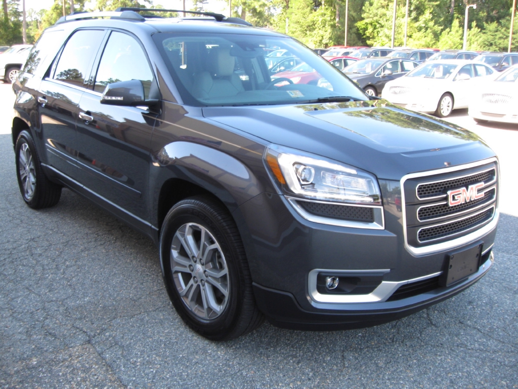 2014 gmc acadia review carfax. Black Bedroom Furniture Sets. Home Design Ideas
