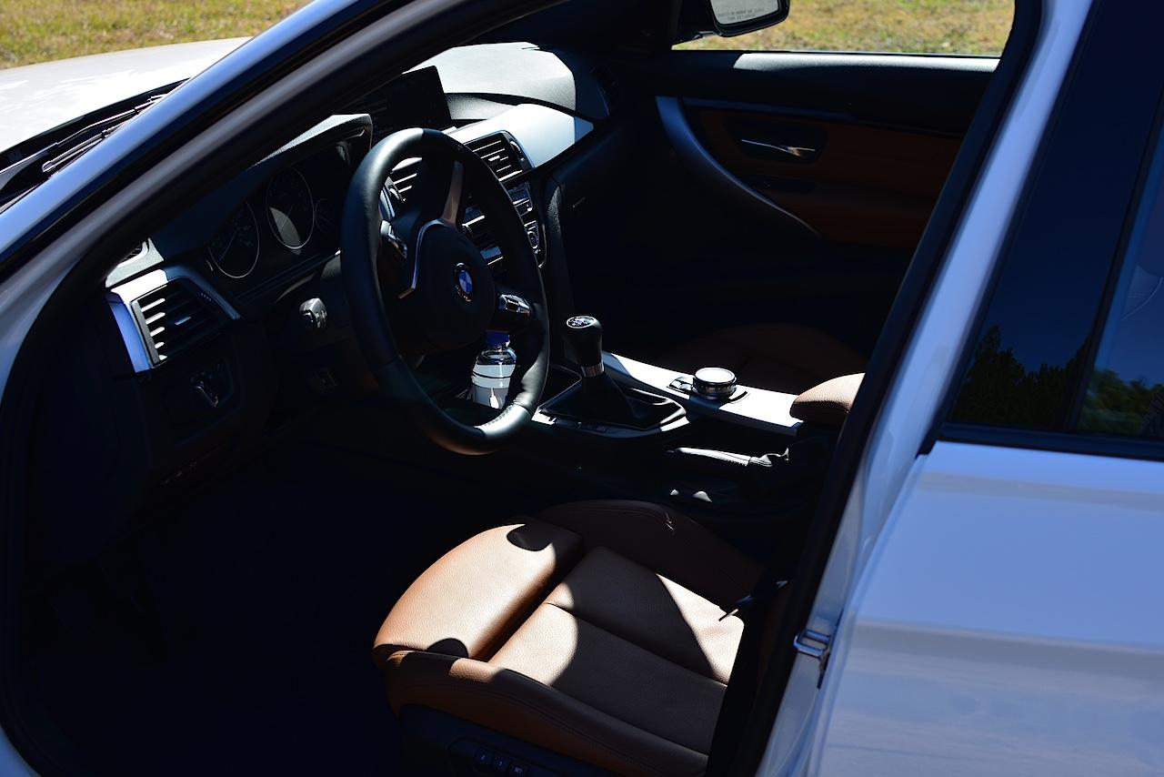 2016-BMW-340i-4