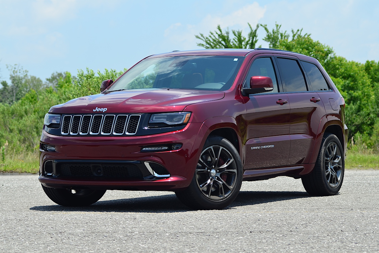 Superb 2016 Jeep Grand Cherokee SRT