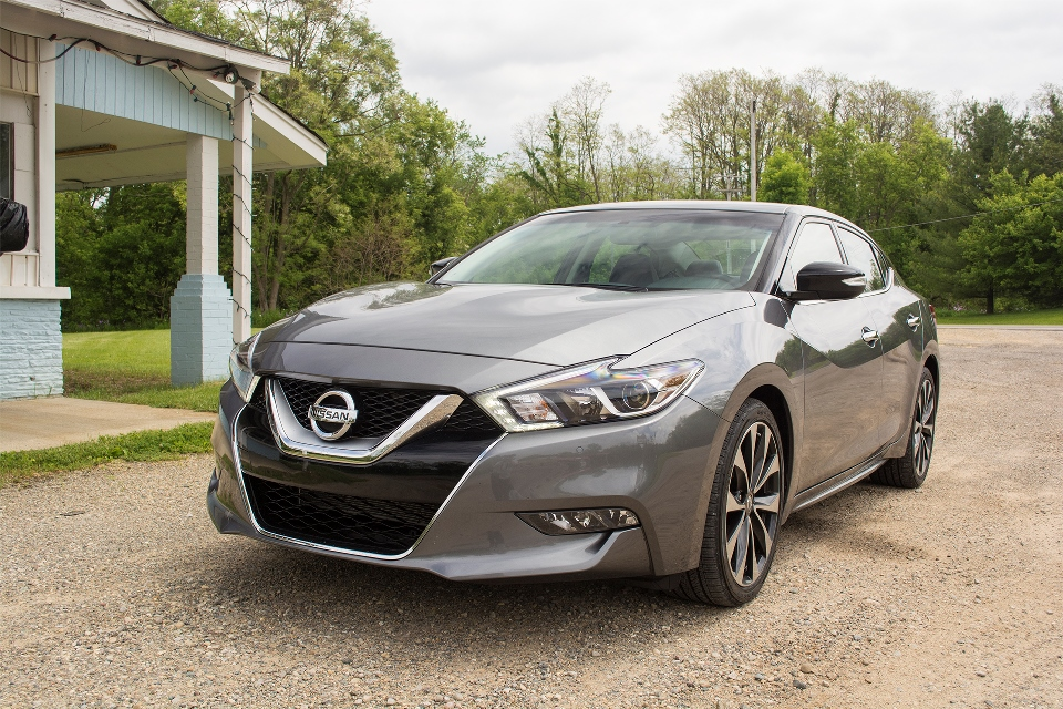 2016 nissan maxima first drive carfax. Black Bedroom Furniture Sets. Home Design Ideas