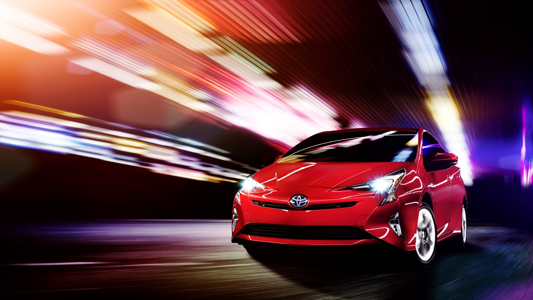 Toyota Wants You to Buy the 2016 Prius for Its Looks – Not Fuel Efficiency