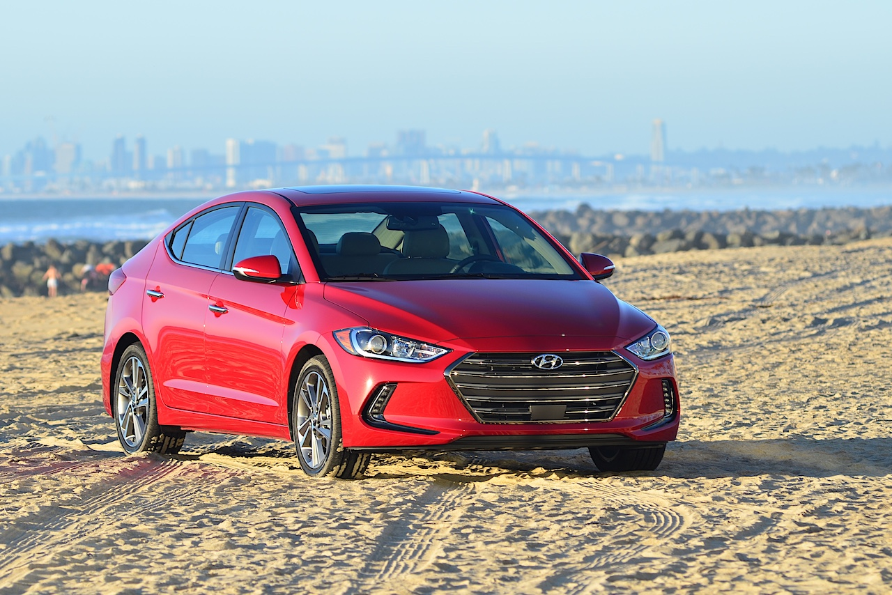 all new 2017 hyundai elantra offers midsize comfort compact price carfax. Black Bedroom Furniture Sets. Home Design Ideas