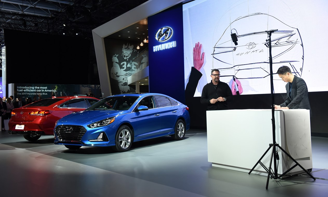 2017 New York International Auto Show – News Conference