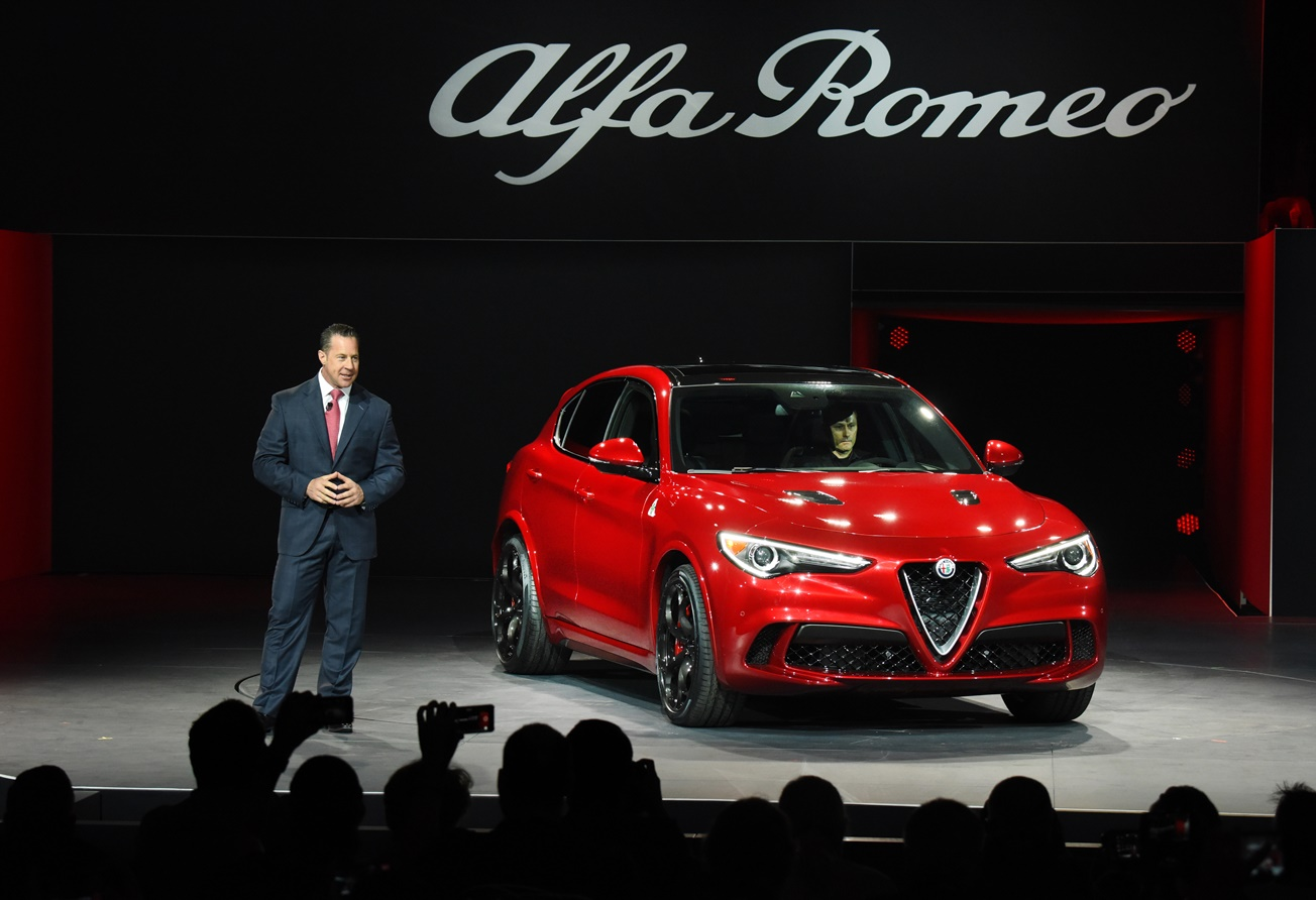 2018 Alfa Romeo Stelvio Suv Makes Its Debut In La Carfax Blog