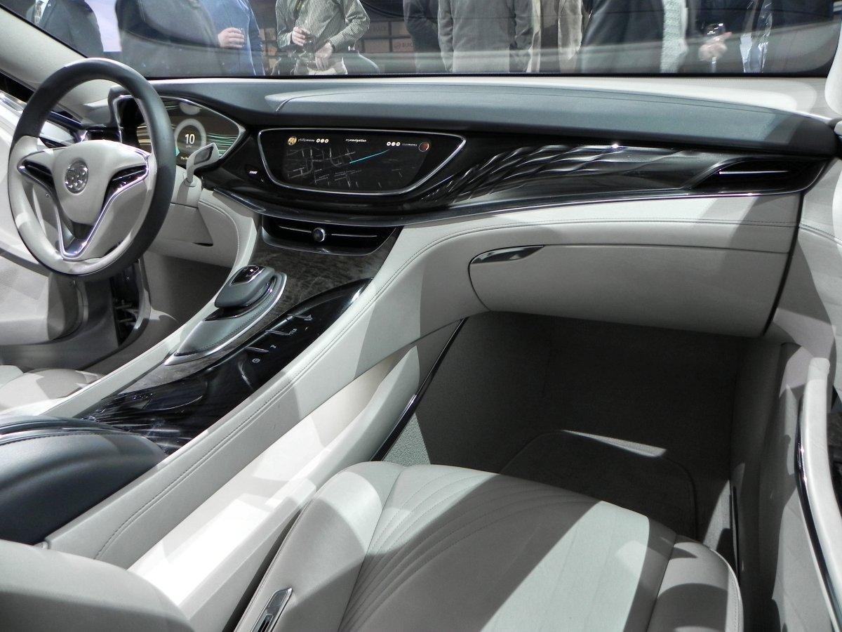 Buick Avenir Concept - interior1 - 1200px