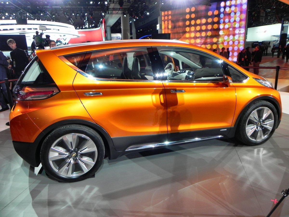 Chevrolet Bolt Concept 1 1200px