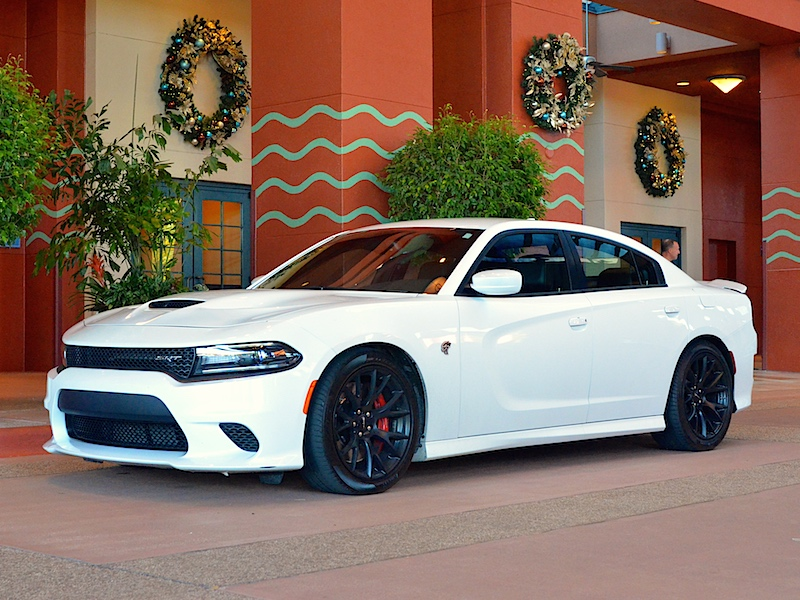 dodge charger srt hellcat because every family needs 707 horsepower carfax. Black Bedroom Furniture Sets. Home Design Ideas