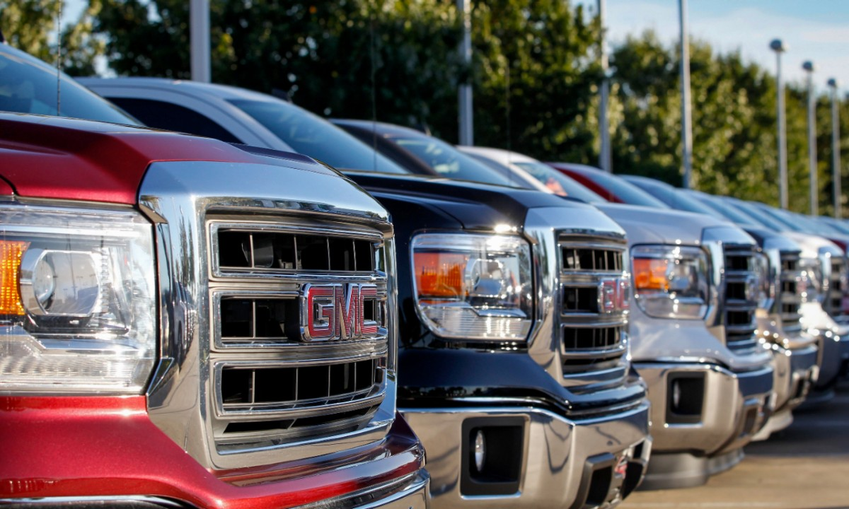 Columbus Day  Car Deals