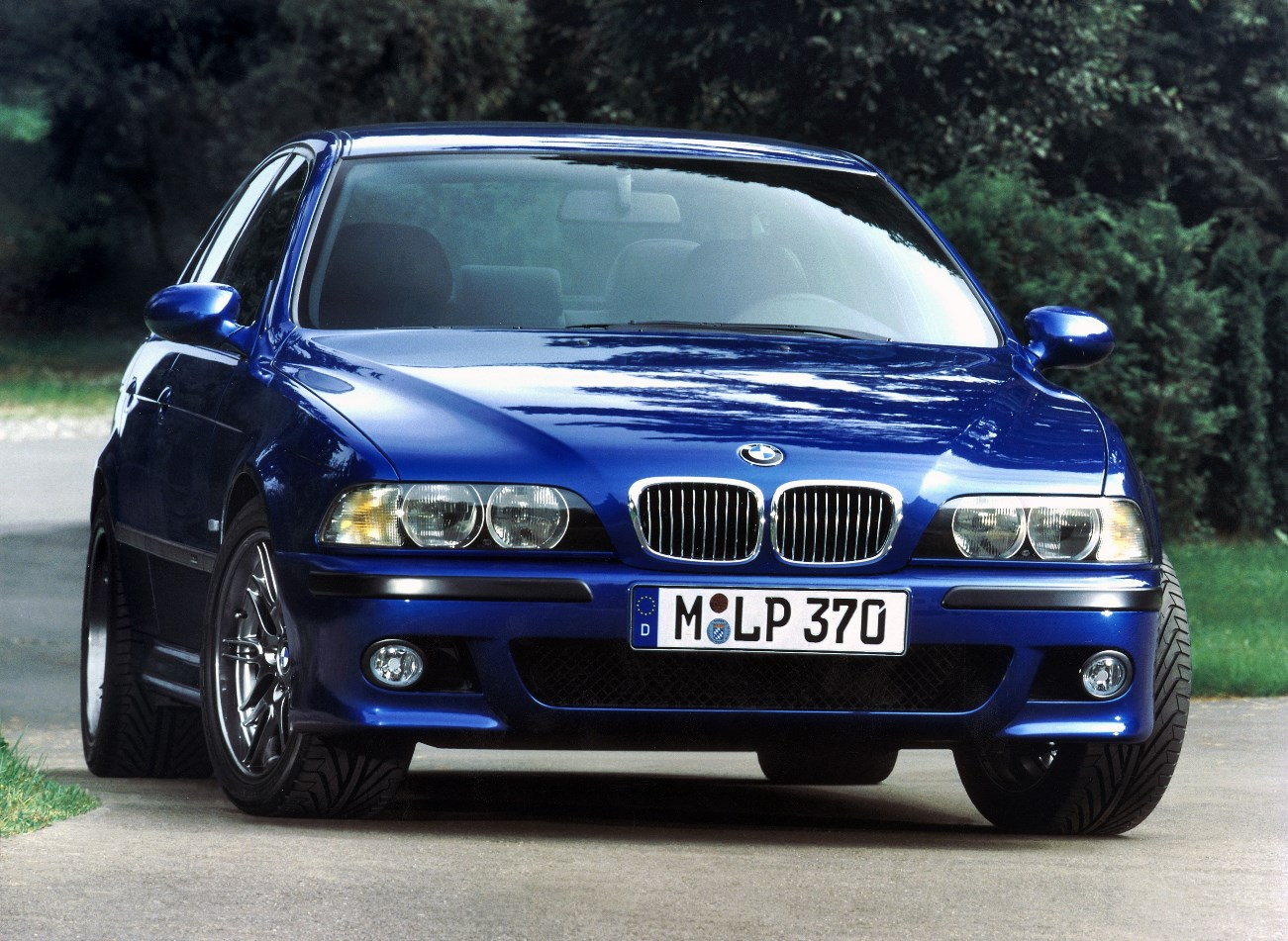 5 Older Cars that are Great Daily Drivers | CARFAX