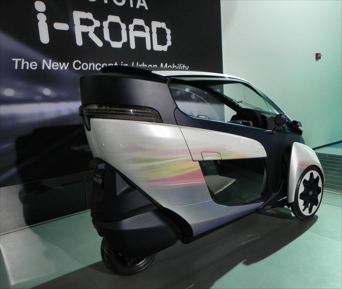 Toyota i-Road Concept - 1200px