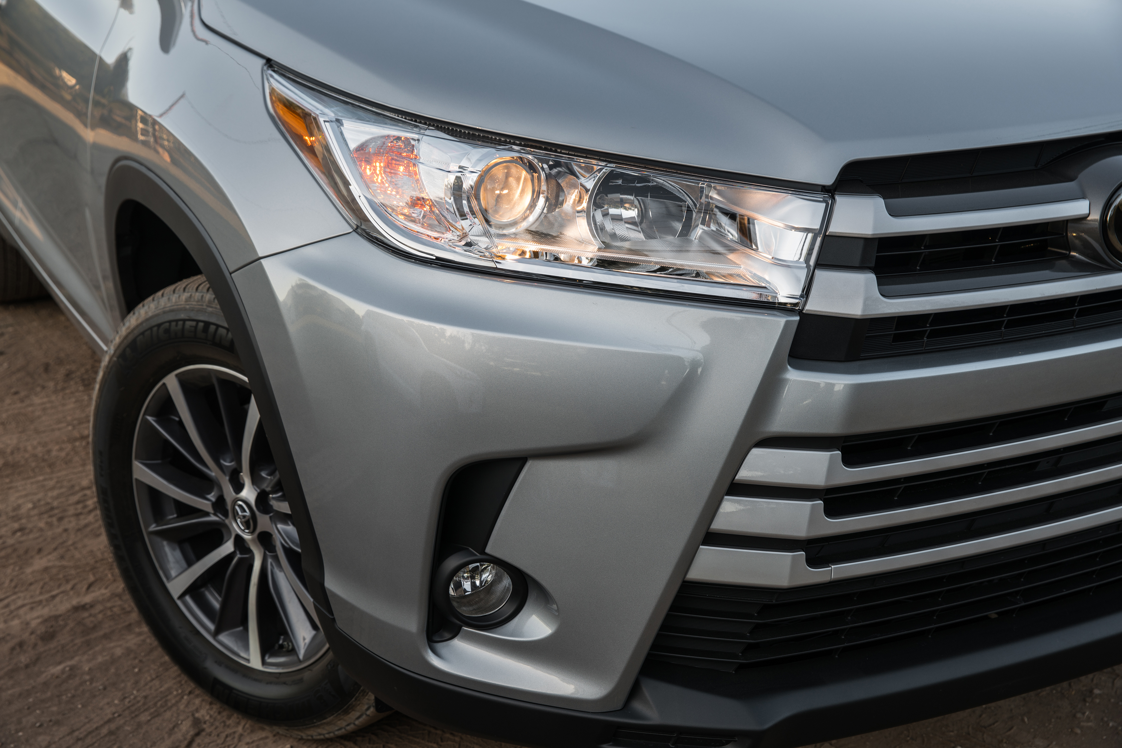 Are Led Headlights Better Than Halogen Headlights Carfax Blog