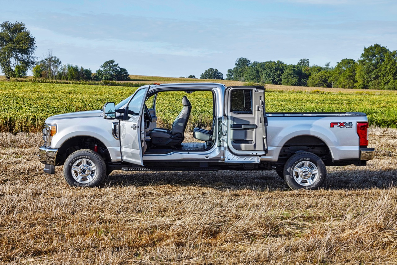 How to Pick the Right Pickup Truck Cab