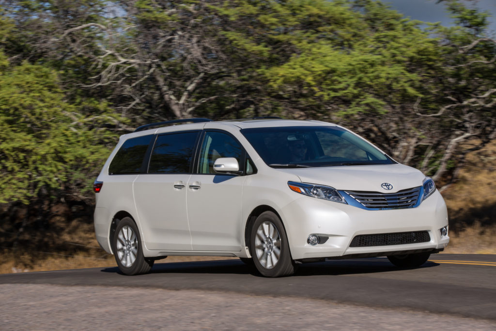 2016 toyota sienna review carfax. Black Bedroom Furniture Sets. Home Design Ideas