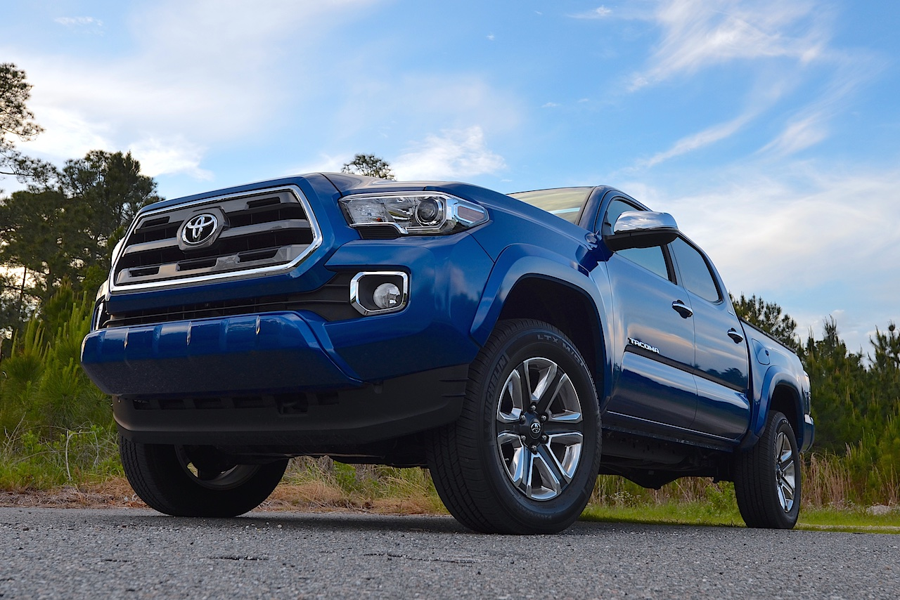 2016 toyota tacoma review carfax. Black Bedroom Furniture Sets. Home Design Ideas