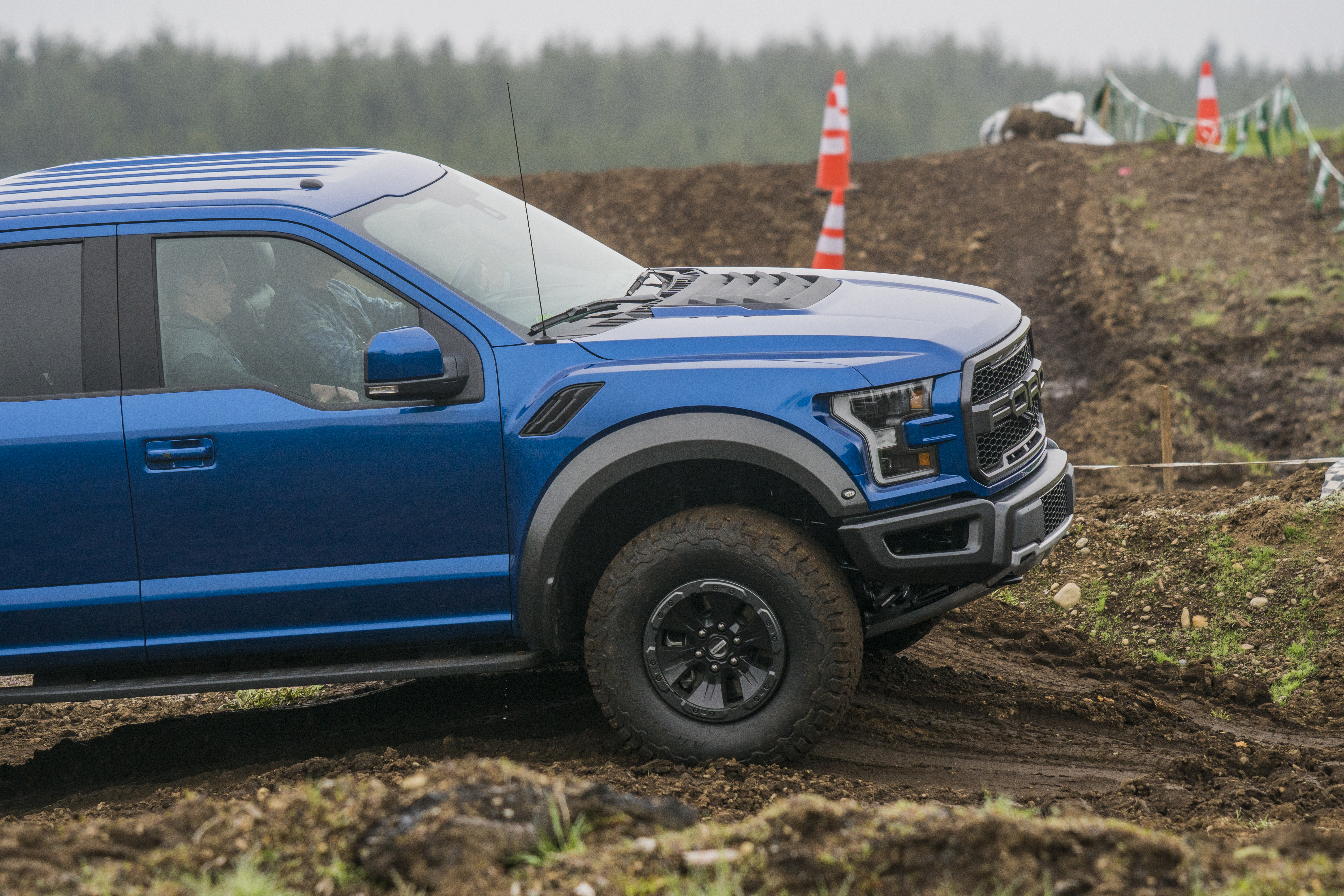 Off-Road Warrior: Ford F-150 Raptor | CARFAX Blog