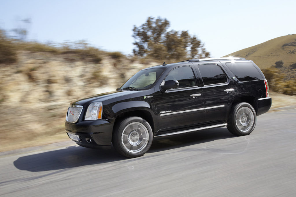 suv preview yukon ny mbokte show gmc carscoops hybrid denali with